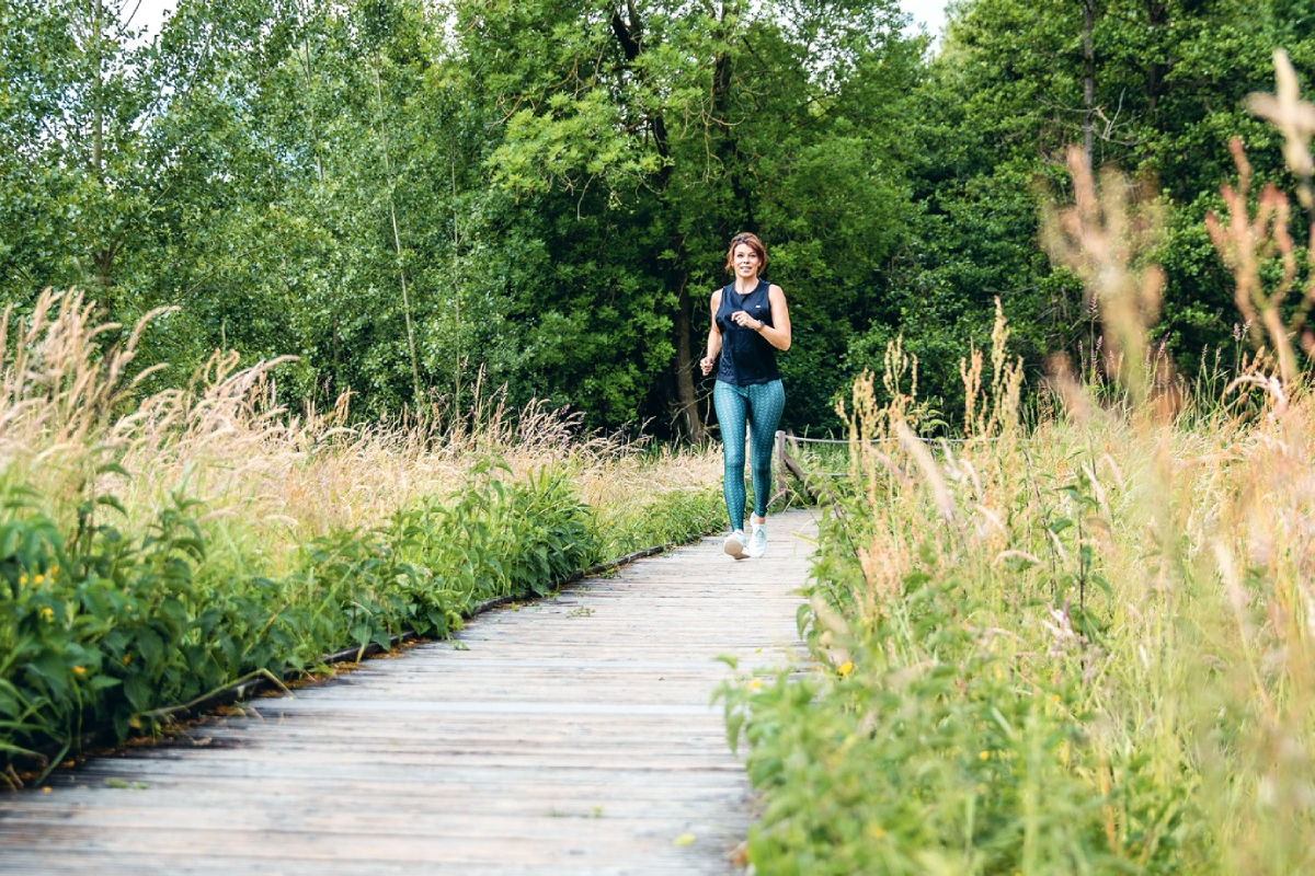 Evy Gruyaert aan het lopen