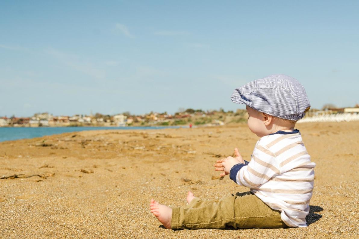 foto baby op strand