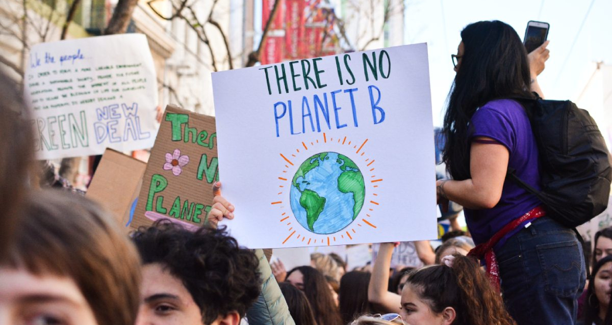 klimaat protest there is no planet b