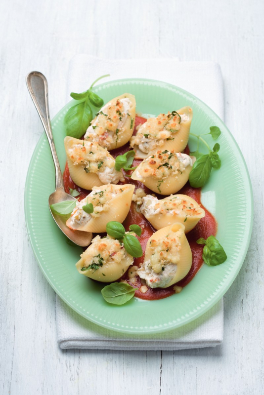 conchiglie met ricotta, artisjok en tomaatjes