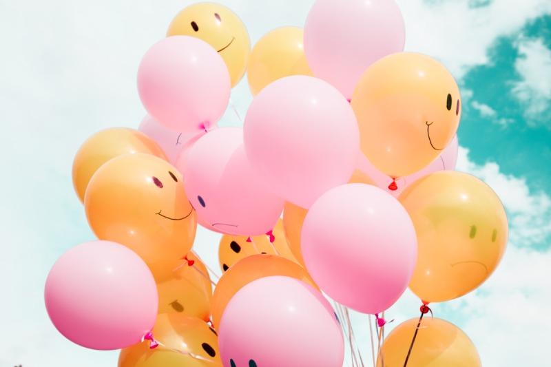ballonnen met smileys op
